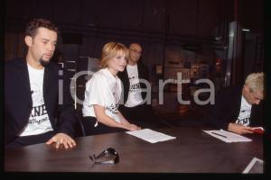 35mm vintage slide* 1998 ITALIA 1 Simona VENTURA Fabio VOLO e cast de LE IENE *3