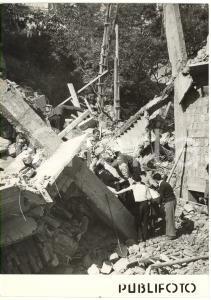 1955 NAPOLI - VOMERO Crollo edificio Via Bonito - Soccorritori tra le macerie