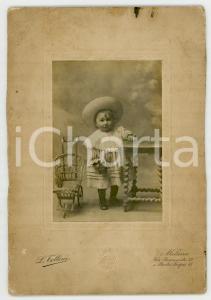 1910 ca MILANO Ritratto di bambina con carrozzina giocattolo *Foto L. TOLLINI