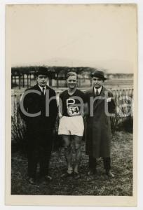 1940 ca TORINO LITTORIALI SPORT Atleta con gli allenatori - Foto 13x18 cm