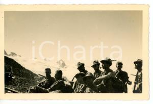 1937 COLLE DI TOULA Pausa di un gruppo di Alpini in esercitazione *Foto 14x9 cm
