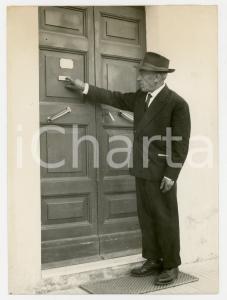 1959 BRACCIANO (ROMA) Omicidio di Umberto SBRIGHI - Il padre della vittima *Foto