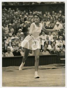 1960 LONDON WIMBLEDON Centre Court - Semifinale Sandra REYNOLDS vs Ann HAYDON