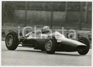 1964 AUTODROMO DI MONZA - Giancarlo BAGHETTI testa nuovo modello ATS *Foto 18x13