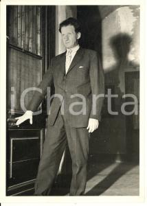 1958 TORINO Gerard CROISET in città per il delitto DIABOLICH (3) Foto 13x18