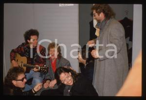 35mm vintage slide*1988 SANREMO - TOTO Steve LUKATHER Joseph WILLIAMS Red RONNIE