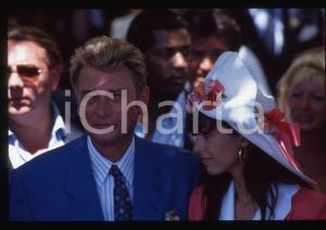 35mm vintage slide* 1990 RAMATUELLE Johnny HALLYDAY e Adeline BLONDIEAU Nozze 13