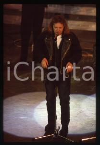 35mm vintage slide* 1991 SANREMO Umberto TOZZI sul palco del Teatro Ariston (3)