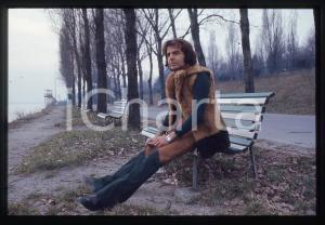 35mm vintage slide* 1975ca ITALIA COSTUME Patrick SAMSON Ritratto del cantante 3