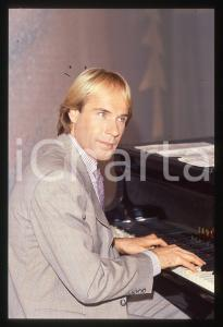 35mm vintage slide*1982 MUSICA Richard CLAYDERMAN concerto in salotto privato 7