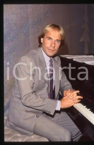35mm vintage slide*1982 MUSICA Richard CLAYDERMAN concerto in salotto privato 17