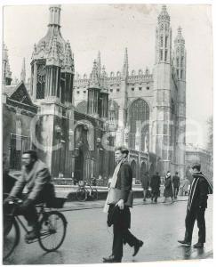 1965 CAMBRIDGE UNIVERSITY King's Parade - King's College - VINTAGE Photo