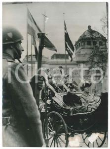 1953 STOCKHOLM King Gustaf Adolf of Sweden and King Aaron of Norway - Photo