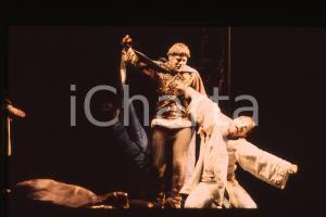 35mm vintage slide* 1985 MILANO - ROMEO E GIULIETTA Massimo BELLI Ritratto (1)