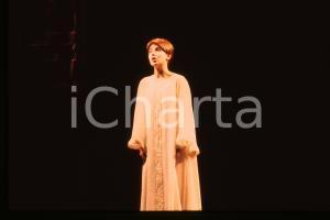 35mmvintageslide*1985 MILANO ROMEO E GIULIETTA Susanna FASSETTA è