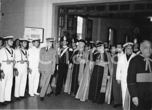 1955 GENOVA Arrivo card. Benedetto Aloisi MASELLA alla stazione marittima (1)