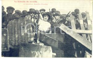 1910 ca PORTUGAL A heroina Amelia Santos - Na Rortunda da Avenida *RARE POSTCARD