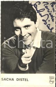 1960 ca Cantante Sacha DISTEL- AUTOGRAFO su foto seriale 9x14 cm