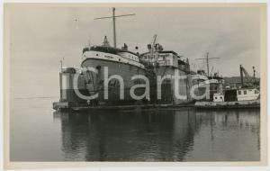 1970 BOMA CONGO Drague MATEBA au carénage dans le dock flottant (2) Photo 18x11