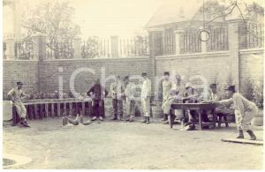 1910 ca CINA Partita di bowling tra ufficiali europei e giapponese *Foto 15x10
