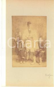 1900 ca GREECE CORFU Island - Father and sons - Albumen photo 15x23 ETHNIC TYPES