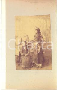 1900 ca GREECE CORFU Island - Young girls - Albumen photo 15x23 ETHNIC TYPES