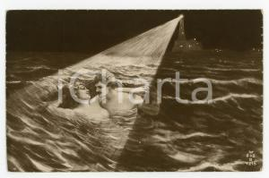 1910 ca VINTAGE EROTIC Night bath for a nude couple - ILLUSTRATED Postcard FP NV