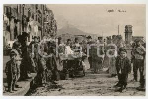 1920 ca NAPOLI Marina - Scugnizzi attorno a un carretto - Cartolina ANIMATA FP