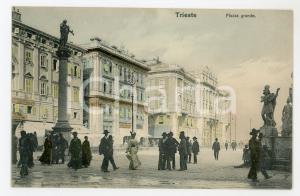 1920 ca TRIESTE Piazza Grande - Cartolina ANIMATA FP NV