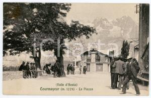 1911 COURMAYEUR (VALLE D'AOSTA) La piazza - Cartolina vintage FP ANIMATA