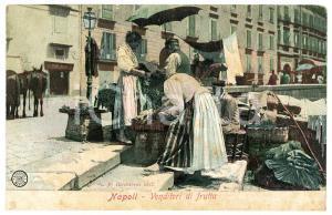 1910 ca NAPOLI Venditori di frutta - Cartolina ANIMATA FP NV