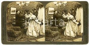 1903 USA Lovers scene - Miss Hevywayt conceals Mr Slight - Stereoview WHITE