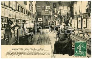 1910 ca MARS-LA-TOUR L'Abbé FALLER dans son Musée - Carte postale FP VG