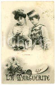 1903 COUPLE DE FEMME - LA MARGUERITE n.1 - Il m'aime - Carte postale FP VG