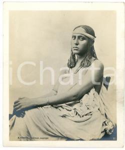 1910 ca Anglo-Egyptian SUDAN - Seated young woman - Photo R. TÜRSTIG