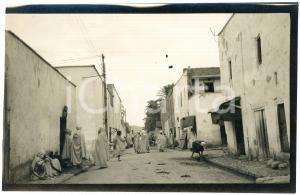 1920 ca BISKRA (ALGERIA) COSTUMI - Scena di strada (2) - Foto 14x9 cm