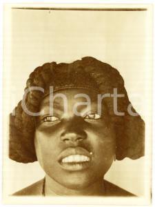 1930 ca CONGO BELGA - Donna con acconciatura tradizionale - Foto 7x10 cm