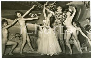 1950 ca VINTAGE EROTIC PARIS Folies Bergère - Nude dancers - Photo 14x9 cm