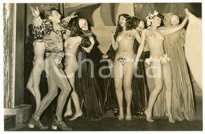 1950 ca VINTAGE EROTIC PARIS Folies Bergère - Nude dancers (2) Photo 14x9 cm