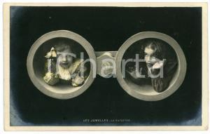 1906 ENFANTS - LES JUMELLES - La Surprise - Carte postale CPA