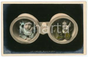1905 ca ENFANTS  LES JUMELLES - Baisser du rideau - Carte postale CPA