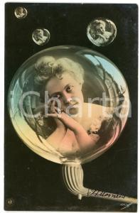 1900 ca LOVERS Lady in a soap bubble - Postcard FP VG (2)