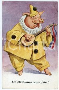 1923 Ein glückliches neues jahr - Pig dressed as a Pierrot with mandolin