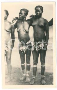 1930 ca C. ZAGOURSKI «L'Afrique qui disparaît» A.E.F. Femmes de la savane *n.114