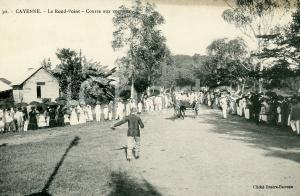 1910 ca CAYENNE GUYANE Le Rond-Point - Course aux voitures *Carte postale ANIMEE