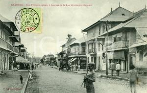 1910 ca CAYENNE (GUYANE) Rue François-Arago - Carte postale ANIMEE FP VG