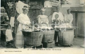 1910 ca CAYENNE (GUYANE) Etude de costume - Les lessiveuses - Carte postale