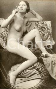 1910 ca VINTAGE EROTIC Nude woman smoking a cigarette - RARE Postcard