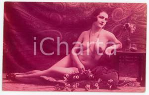 1910 ca VINTAGE EROTIC Nude woman with flowers - Postcard risque LÉO 105 (1)