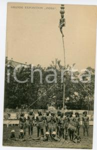 1910 ca GRANDE EXPOSITION INDIA Equilibrist on a bamboo - Postcard FP NV